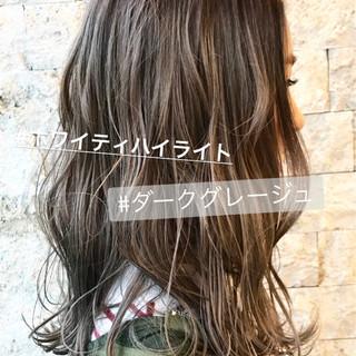 ブラウン グレージュ ナチュラル デート ヘアスタイルや髪型の写真・画像