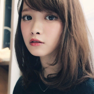 大人かわいい かわいい フェミニン ストレート ヘアスタイルや髪型の写真・画像
