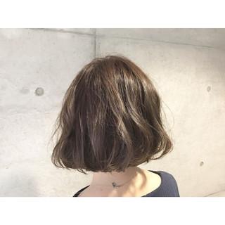 ゆるふわ ボブ アッシュ 外国人風 ヘアスタイルや髪型の写真・画像