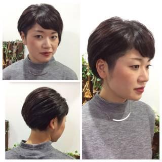 ショート 刈り上げ 大人かわいい 黒髪 ヘアスタイルや髪型の写真・画像 ヘアスタイルや髪型の写真・画像