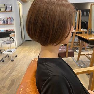 ショート ショートボブ インナーカラー ナチュラル ヘアスタイルや髪型の写真・画像