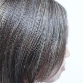 ホワイトハイライト ボブ ナチュラル 大人ハイライト ヘアスタイルや髪型の写真・画像