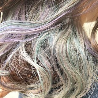 外国人風カラー ダブルカラー ラベンダーアッシュ ストリート ヘアスタイルや髪型の写真・画像