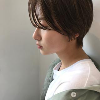 大人かわいい ショート ヘアアレンジ デート ヘアスタイルや髪型の写真・画像