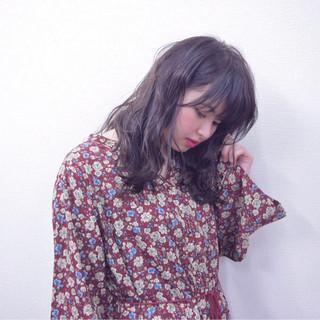 デート 外国人風 抜け感 セミロング ヘアスタイルや髪型の写真・画像 ヘアスタイルや髪型の写真・画像