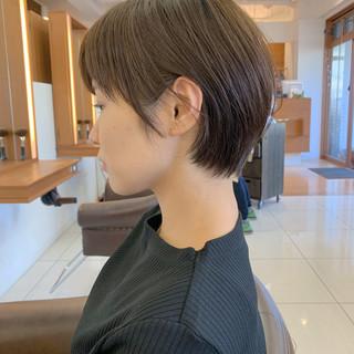 大人ショート ナチュラル 可愛い ハンサムショート ヘアスタイルや髪型の写真・画像