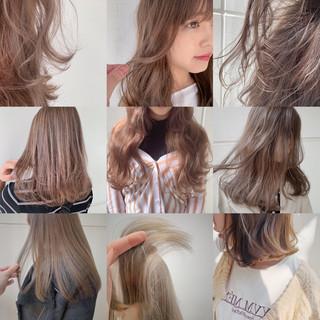 ナチュラル セミロング シアーベージュ ピンクベージュ ヘアスタイルや髪型の写真・画像