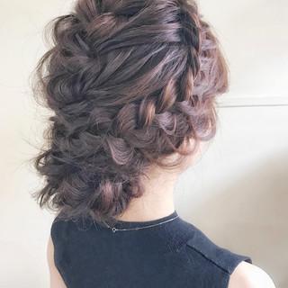 前髪も後ろ髪も髪型はアップヘアで美人見え&可愛いが叶うアレンジ特集♡