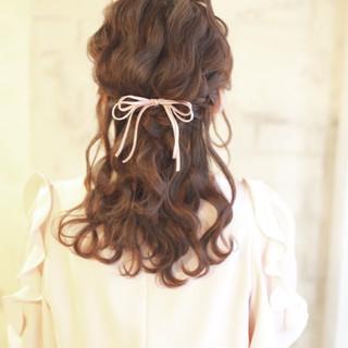ハーフアップ 簡単ヘアアレンジ ヘアアレンジ ゆるふわ ヘアスタイルや髪型の写真・画像