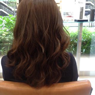 ゆるふわ ブラウンベージュ パーマ 巻き髪 ヘアスタイルや髪型の写真・画像