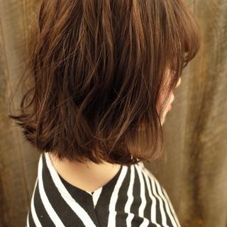 切りっぱなしボブ フェミニン デジタルパーマ 無造作パーマ ヘアスタイルや髪型の写真・画像