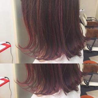 カール ピンク ストリート ミディアム ヘアスタイルや髪型の写真・画像