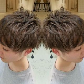 外国人風 ショート アッシュ ストリート ヘアスタイルや髪型の写真・画像