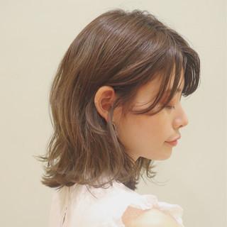 ゆるふわパーマ レイヤーカット パーマ ミディアム ヘアスタイルや髪型の写真・画像