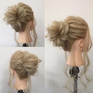 ゆるふわ 大人かわいい メッシーバン ヘアアレンジ ヘアスタイルや髪型の写真・画像
