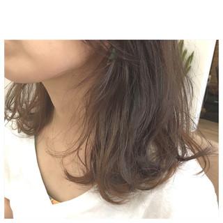 外国人風 ハイライト グラデーションカラー ミディアム ヘアスタイルや髪型の写真・画像