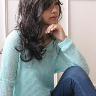 ロング 外国人風 前髪あり アッシュ ヘアスタイルや髪型の写真・画像