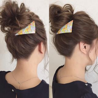 セミロング 簡単ヘアアレンジ イルミナカラー アップスタイル ヘアスタイルや髪型の写真・画像
