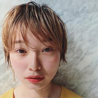 ハイトーン シースルーバング 外国人風 マッシュウルフ ヘアスタイルや髪型の写真・画像