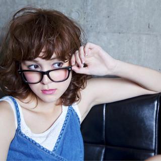 アッシュ パーマ 外国人風 ミディアム ヘアスタイルや髪型の写真・画像