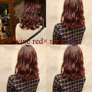 コーラル ピンク ミディアム ガーリー ヘアスタイルや髪型の写真・画像