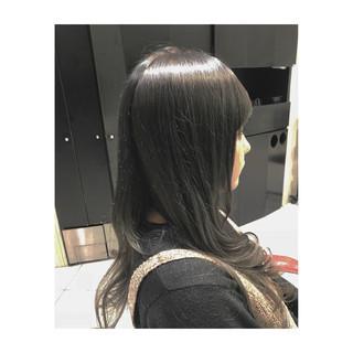 ロング モード 透明感 ブリーチ ヘアスタイルや髪型の写真・画像