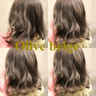 グレージュ ベージュ ストリート マット ヘアスタイルや髪型の写真・画像