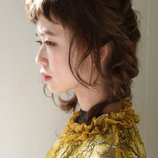 前髪あり パーマ ヘアアレンジ ナチュラル ヘアスタイルや髪型の写真・画像