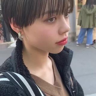 モード 黒髪ショート マッシュショート ショートカット ヘアスタイルや髪型の写真・画像