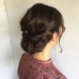 オフィス 結婚式 ヘアアレンジ ナチュラル ヘアスタイルや髪型の写真・画像 ヘアスタイルや髪型の写真・画像
