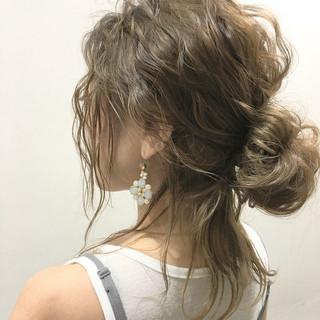 外国人風 ロング ヘアアレンジ グラデーションカラー ヘアスタイルや髪型の写真・画像