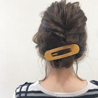 ミディアム 簡単ヘアアレンジ ヘアセット くるりんぱ ヘアスタイルや髪型の写真・画像