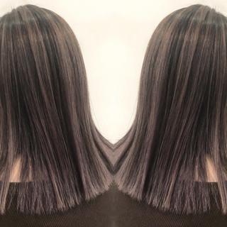 グラデーションカラー バレイヤージュ ナチュラル ハイライト ヘアスタイルや髪型の写真・画像