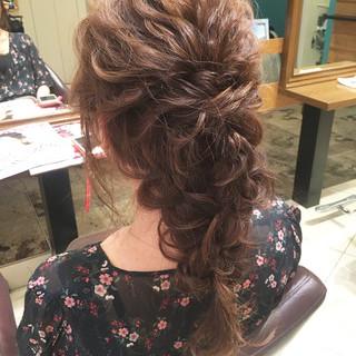 ロング 大人女子 ヘアアレンジ ナチュラル ヘアスタイルや髪型の写真・画像