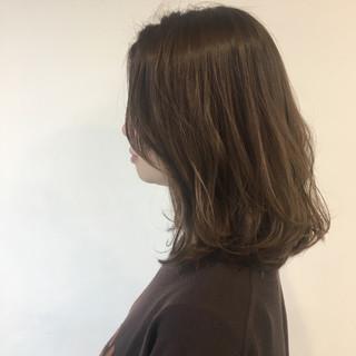 透明感カラー ショコラブラウン くすみカラー ナチュラル ヘアスタイルや髪型の写真・画像