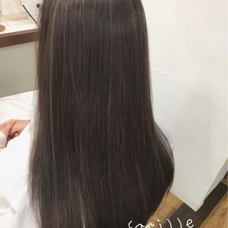 大人女子 ハイライト ナチュラル ロング ヘアスタイルや髪型の写真・画像