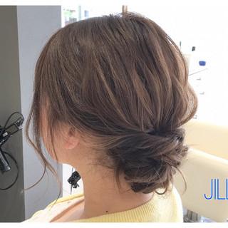 パーティ ミディアム アッシュ ヘアアレンジ ヘアスタイルや髪型の写真・画像