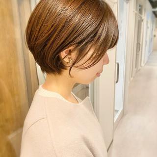 ショートボブ ショートヘア 大人かわいい デート ヘアスタイルや髪型の写真・画像