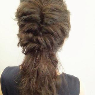ロープ編み ロング 編み込み ヘアアレンジ ヘアスタイルや髪型の写真・画像