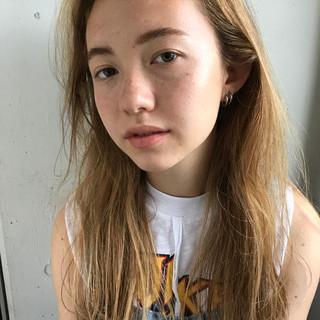 大人かわいい 抜け感 ハイトーン ロング ヘアスタイルや髪型の写真・画像