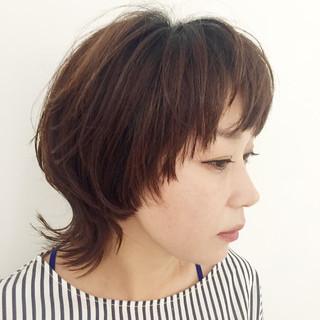 マッシュ ナチュラル レイヤーカット ウルフカット ヘアスタイルや髪型の写真・画像