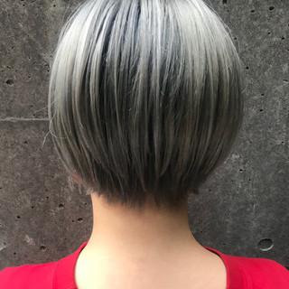 内山 俊平【CORNER】さんのヘアスナップ