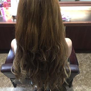 外国人風カラー ロング エクステ ダブルカラー ヘアスタイルや髪型の写真・画像