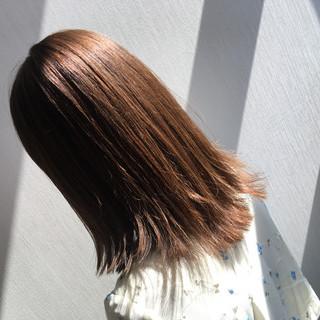 セミロング ナチュラル 外国人風カラー インナーカラー ヘアスタイルや髪型の写真・画像 ヘアスタイルや髪型の写真・画像