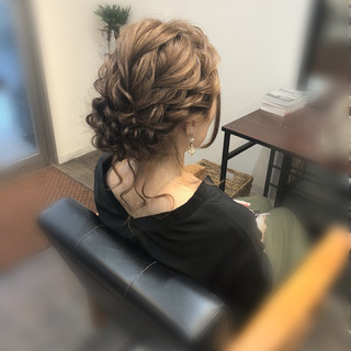 フェミニン ヘアアレンジ セミロング ヘアセット ヘアスタイルや髪型の写真・画像