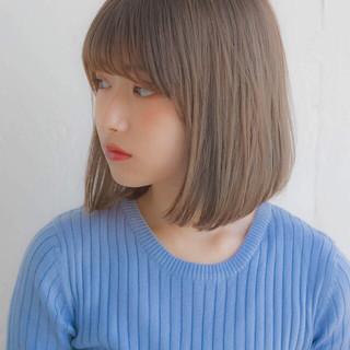 グレージュ フェミニン デート オフィス ヘアスタイルや髪型の写真・画像
