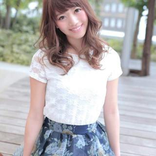 パーマ モテ髪 フェミニン ガーリー ヘアスタイルや髪型の写真・画像