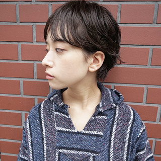 大人かわいい ショートボブ くせ毛風 ナチュラル ヘアスタイルや髪型の写真・画像