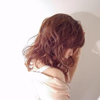 ミディアム 外国人風 ハイライト モード ヘアスタイルや髪型の写真・画像