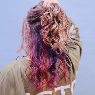 ユニコーン イエロー ピンク パープル ヘアスタイルや髪型の写真・画像